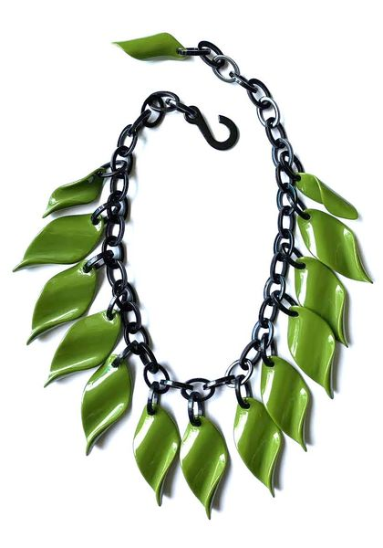 Marion Godart Olive Green Necklace with Leaves