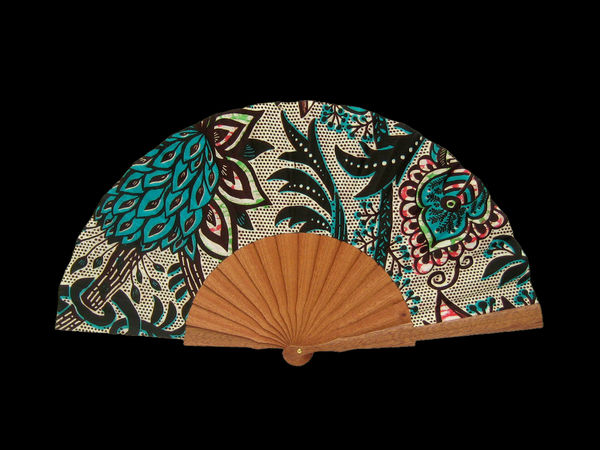 Olelé Multicolored Hand Fan with Tropical Leaves